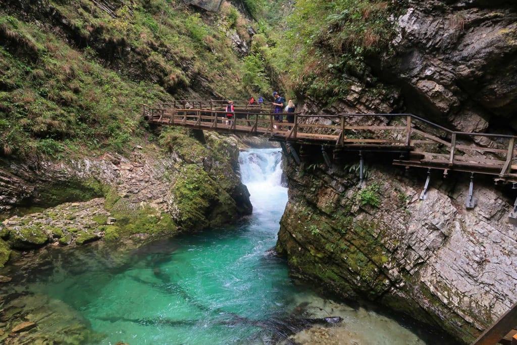 Brug in de Vintgarkloof in Slovenië