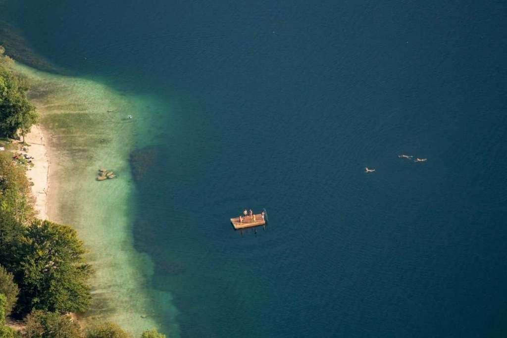 Meren in Slovenië zwemmen